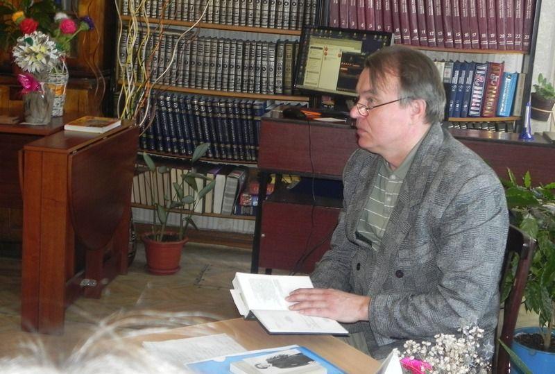 Поэт Николай Морев