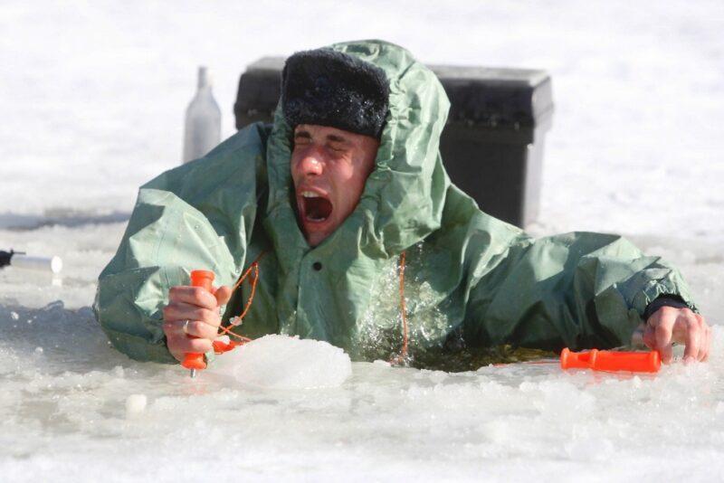 Как  вести  себя  на  льду