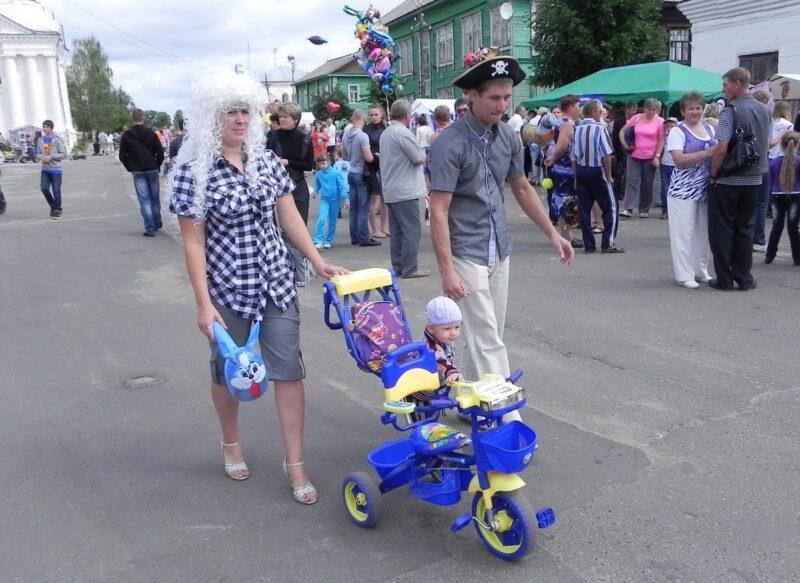 """Октябрь уж наступил…"""