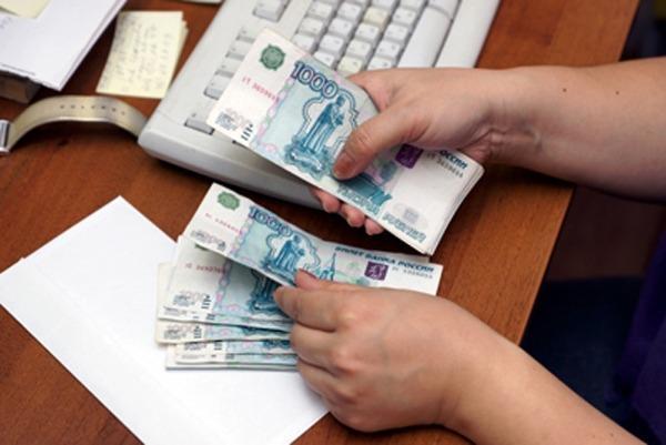 Среднемесячная зарплата в Ивановской области выросла