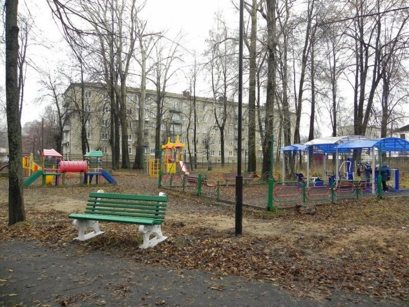 Завершены работы по благоустройству городского парка