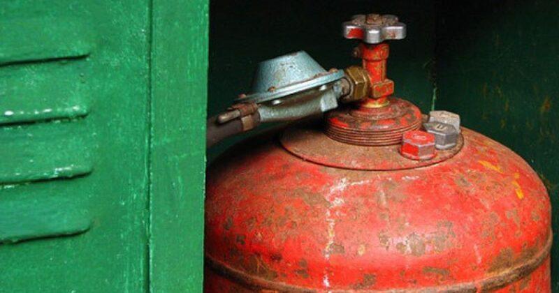 Организация незаконно навязывала населению области доп.услуги при продаже сжиженного газа