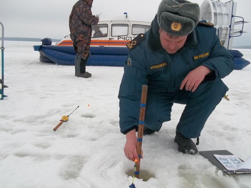 измерение глубины льда