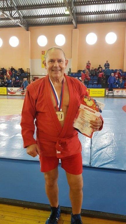 Юрьевчанин стал серебряным призером  Чемпионата по самбо