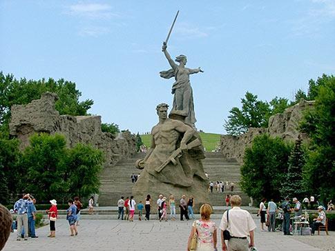 Юрьевчанам, родственникам воинов, погибших в Волгограде