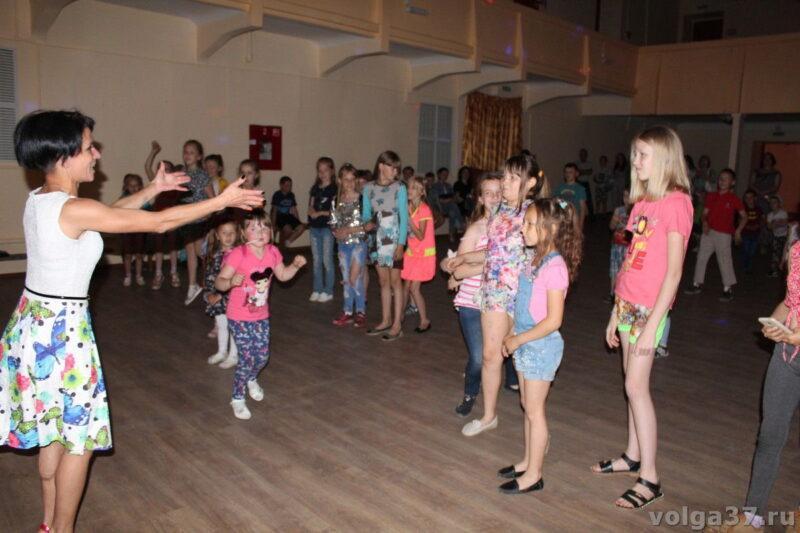 В ДЮЦе учились танцевать