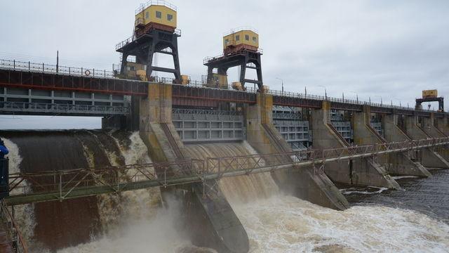 НИЖЕГОРОДСКАЯ ГЭС УВЕЛИЧИЛА РАСХОДЫ ВОДЫ ЧЕРЕЗ ГИДРОУЗЕЛ ИЗ-ЗА ПИКА ОСЕННЕГО ПАВОДКА
