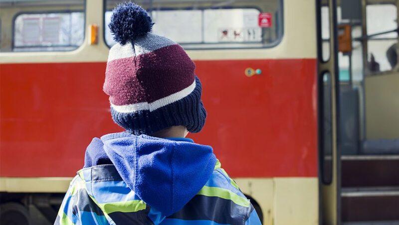 В «Единой России» призывают региональные власти принять регламенты, запрещающие высаживать детей из транспорта