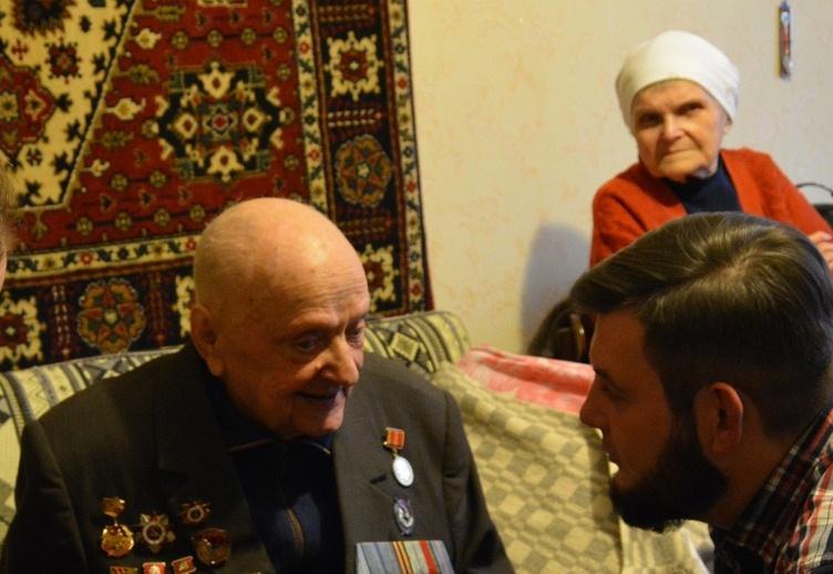 В Иванове в один день ушли из жизни ветеран Великой отечественной войны и его супруга