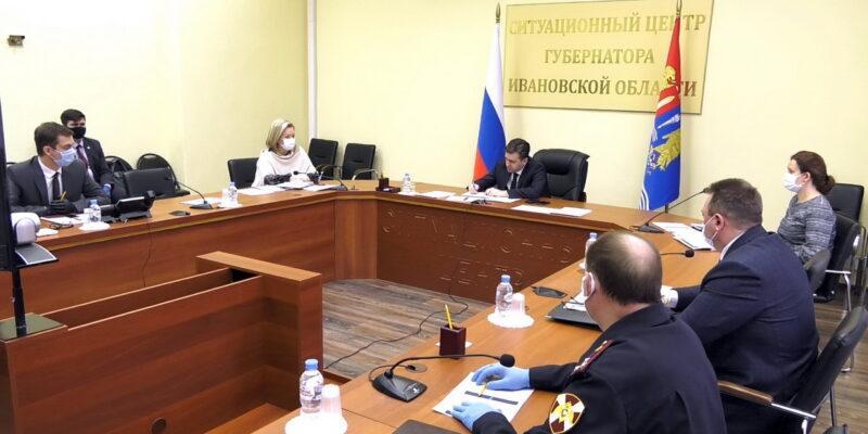На совещании федерального штаба обсудили увеличение объемов тестирования на COVID-19