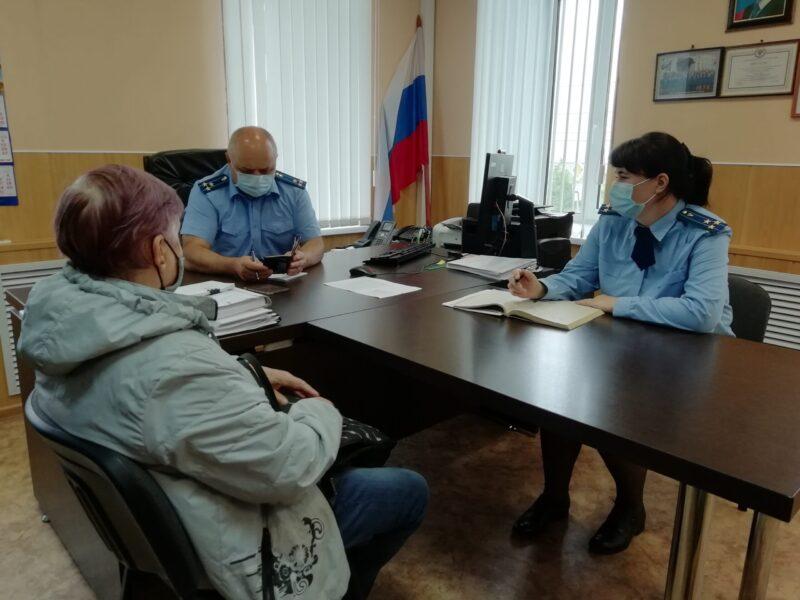 В прокуратуре Юрьевецкого района работала мобильная приемная прокурора области