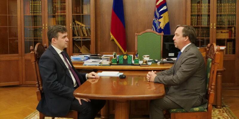 Станислав Воскресенский обсудил с членом Совета Федерации Александром Гусаковским основные направления совместной работы